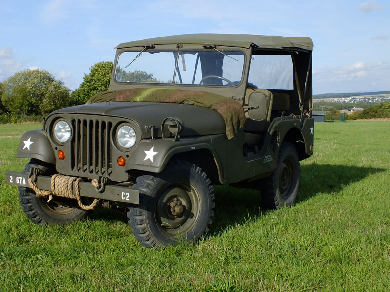 panzer handel willys m38a1 jeep army milit rfahrzeug. Black Bedroom Furniture Sets. Home Design Ideas